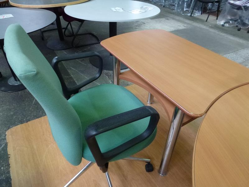 burodoc votre sp cialiste en mobilier de bureau sommaire bureaux. Black Bedroom Furniture Sets. Home Design Ideas
